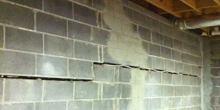 envelope foundation cracks